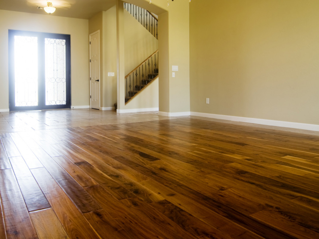 Who Offers Hardwood Refinishing in Memphis, TN?